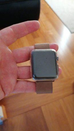 Apple Watch Series 3 42 mm, carregador original, acessórios extras