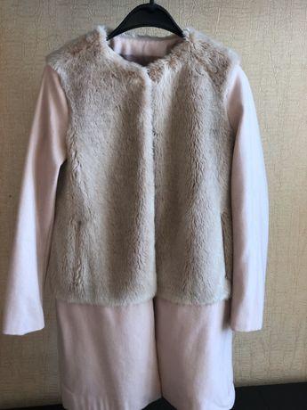 Жіноче пальто від Zara