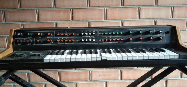 Vermona Analog Synthesizer