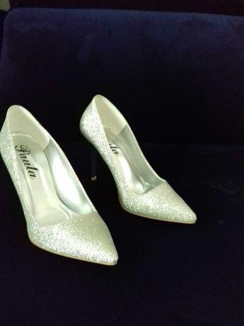 Buty srebrne brokatowe roz 39