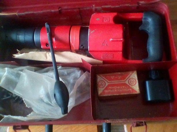Пистолет для монтажа дюбелями