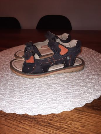 Sandały Lasocki 27 wkładka 17,5cm
