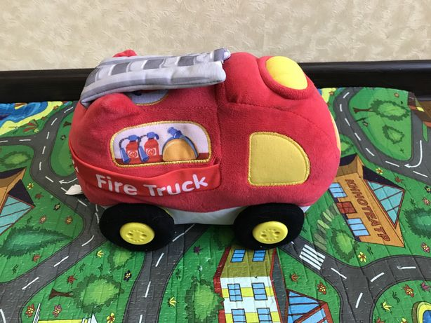 Мягкая игрушка , пожарная машина vitek