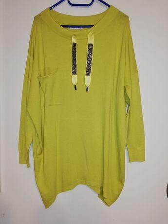 Piękny nowy sweterek na chłodniejsze dni rozmiar 48-52 pod paszkami 75
