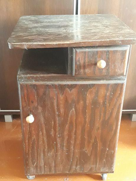 Stara szafka nocna PRL do renowacji