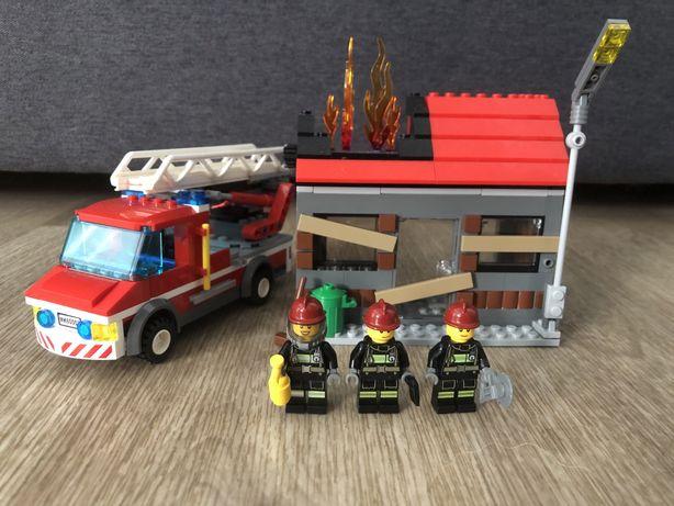 Lego City 60003 пожарная машина