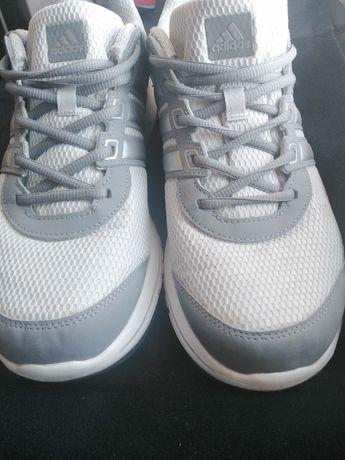 Продам кросівки Adidas Оригінал