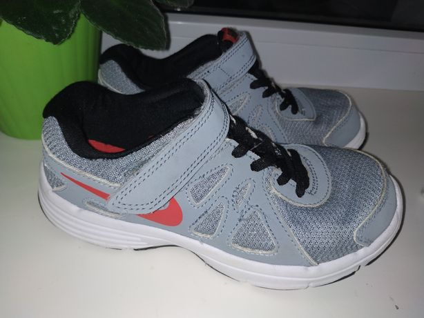 Кроссовки Nike 32 размер