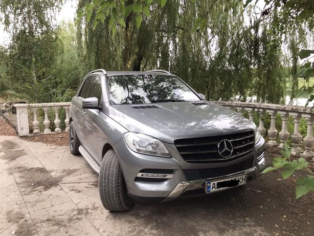 Продам Mercedes-Benz ML 250 2012г