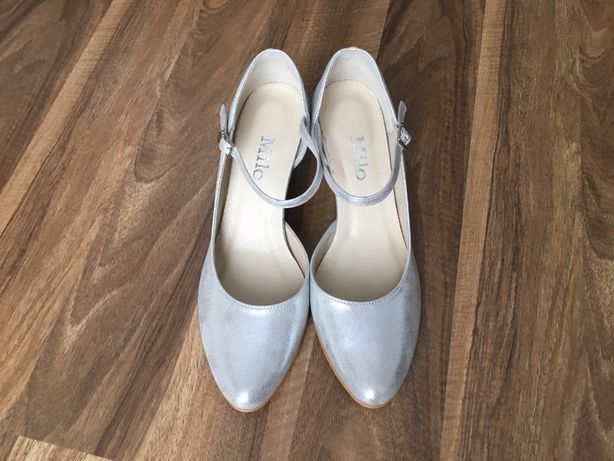 Buty ślubne srebrne nowe