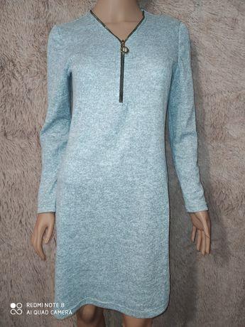 Гарне трикотажне плаття