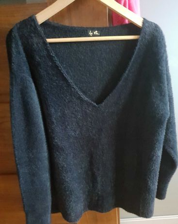 Sweter by me jak nowy