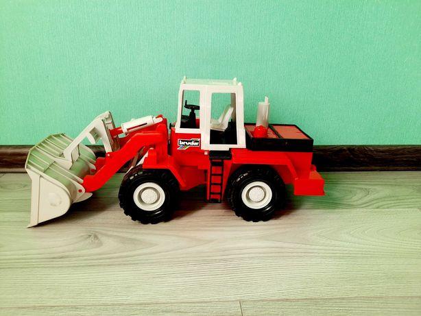 Игрушка Bruder Дорожный погрузчик, грейдер, трактор