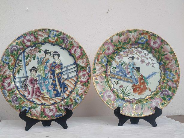 Тарелки настольные.Гейши.Фарфор,рельеф,ручная роспись.Китай
