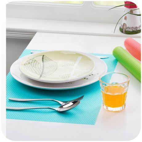 Антибактериальные коврики для холодильника 45x29 см (4 шт)