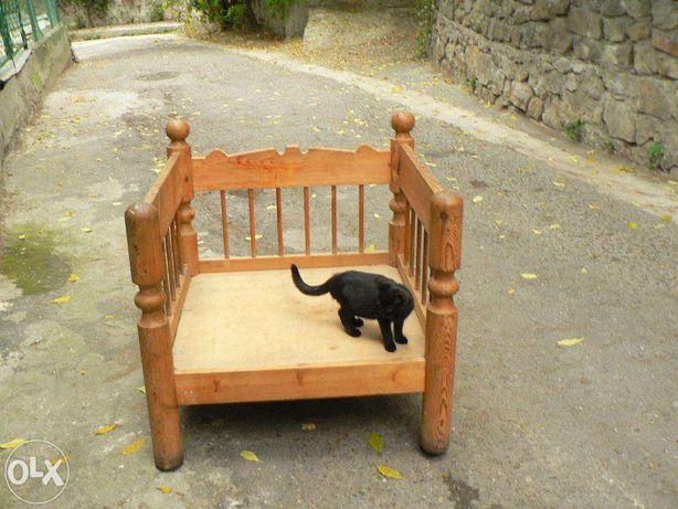 Дизайнерское кресло из масива в стиле кантри