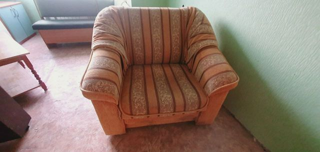 Кресло кровать, в хорошем состоянии