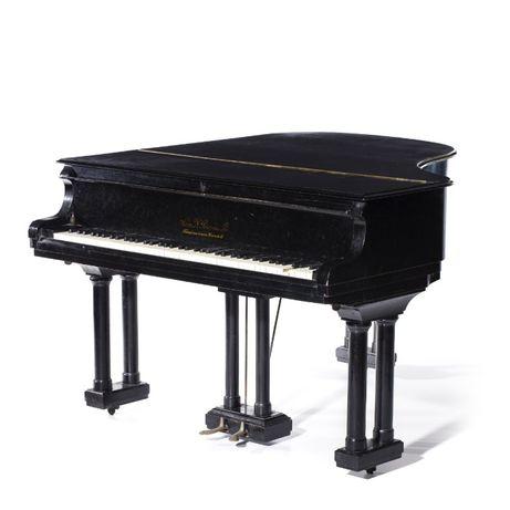 Piano de Cauda Herm: N. Petersen & Son