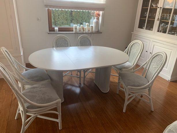 Stół z krzesłami, ława i szafka rtv