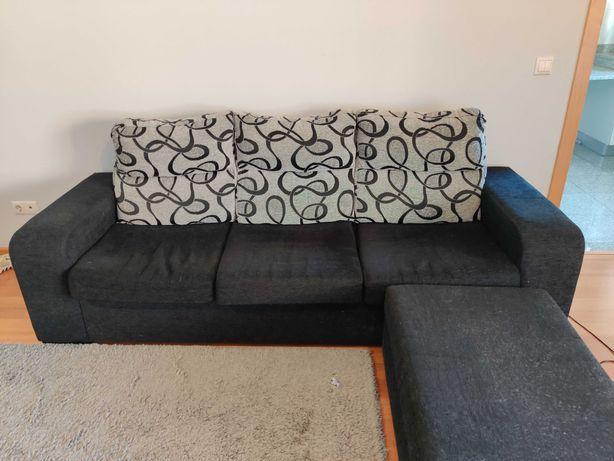 Sofá com chaise amovível