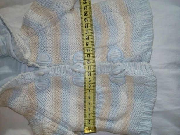 Детская вязаная кофточка 1-3 месяца