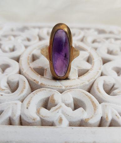 Złoty pierścionek z ametystem certyfikat
