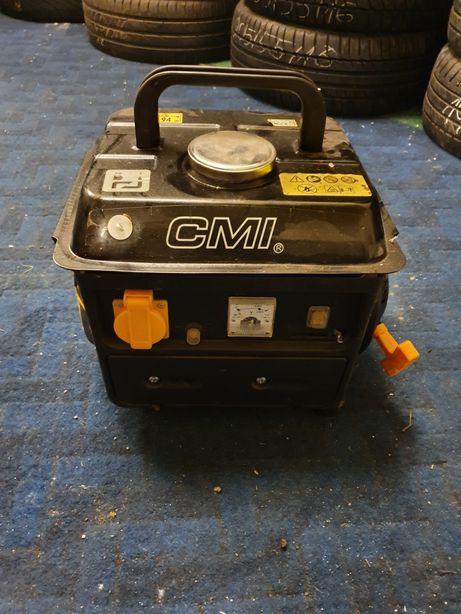 Agregat CMI praktycznie nowy generator prądotwórczy 750w