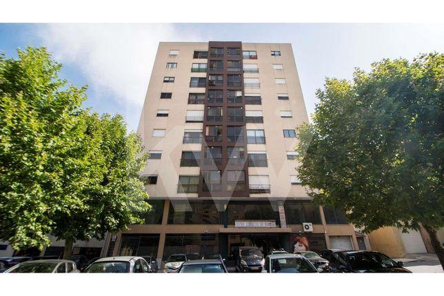Apartamento T1 remodelado à saída da auto-estrada em Braga