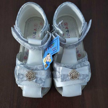 Босоножки, сандали для девочки 26-31 р Y.Top