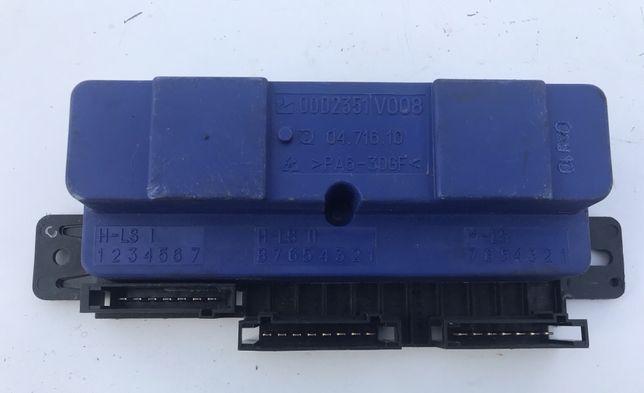 Блок коробки автомат bsi Smart fortwo 450 контроллер акпп 0002351v008