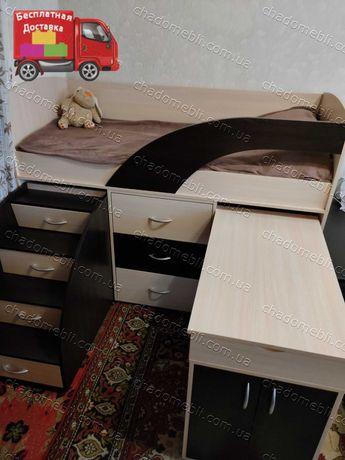 Кровать Чердак Комната Шкаф Стол Комод Ступеньки Лестница Горище