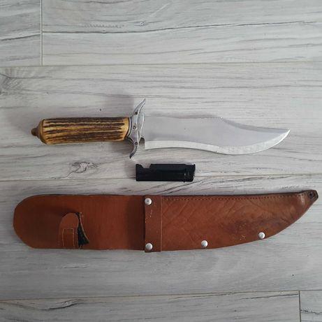Ręcznie wykonany nóż myśliwski