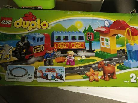 LEGO  zestaw pociag w oryginalnym pudełku