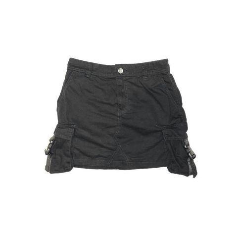 черная женская юбка от бренда бершка