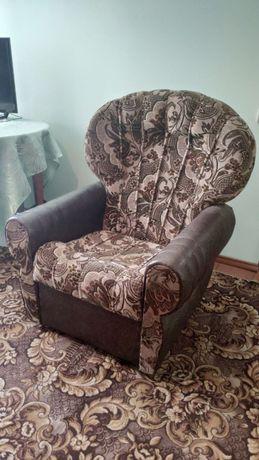 Крісла м'які нероскладні