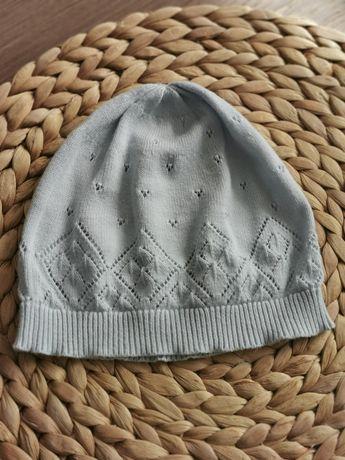 Błękitna czapka Newbie r. 44-46, stan bardzo dobry
