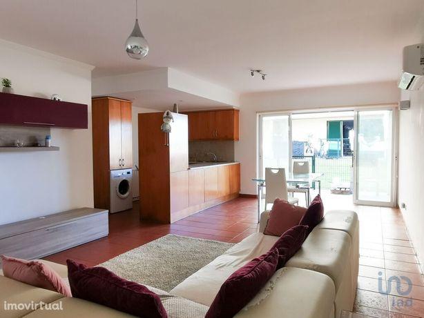 Moradia - 94 m² - T2
