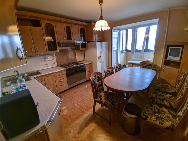 Оренда. 5-кімнатна квартира в центрі під житло або офіс
