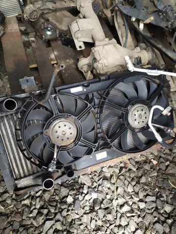Радиатор, вентилятор, интеркулер Chrysler Voyager, Dodge Ram Van 2,5