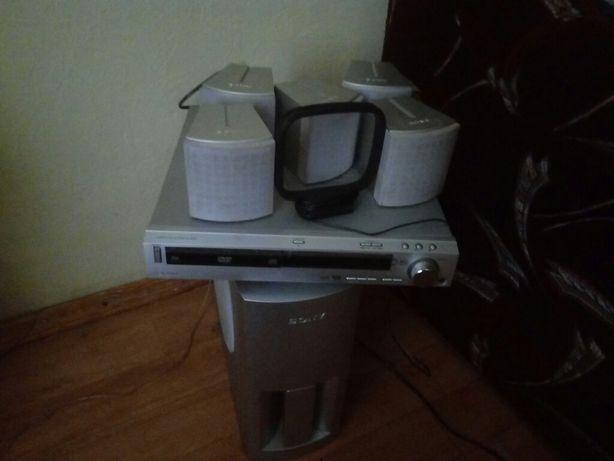 Стерео система,дом кинотеатр Sony DAV-S400