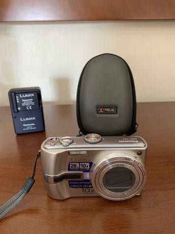Panasonic - Lente Leica (Conjunto com bateria extra e bolsa rigida)