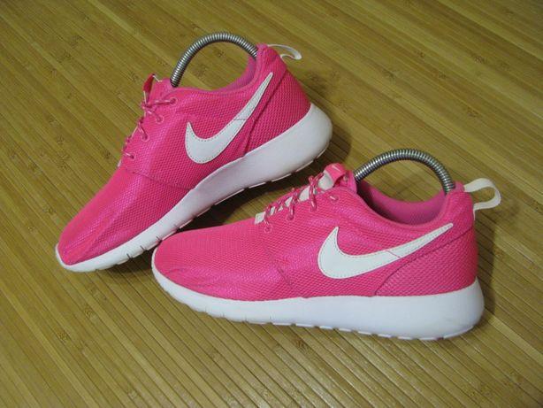 Кроссовки Nike Roshe One; Стелька: 24см; EUR-38