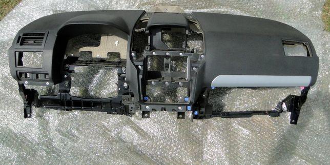 Deska kokpit konsola airbag Opel Zafira 2 B oryginał