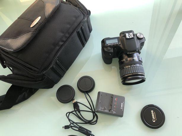 Camara fotográfica Canon com lente e bolsa