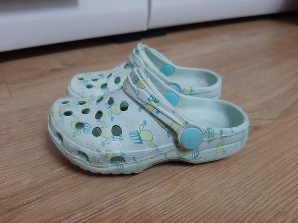 Buty piankowe ala Crocs klapki na plażę do wody na działkę rozmiar 21