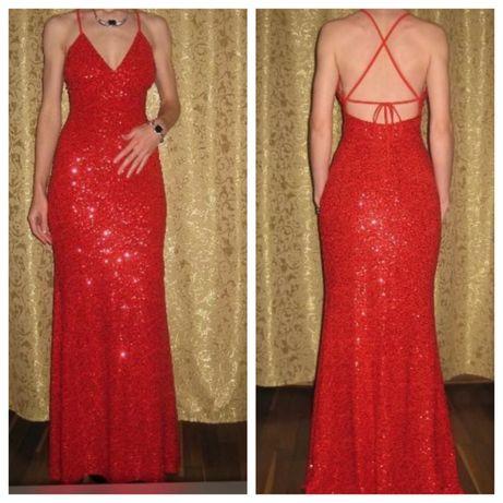Шикарное красное платье в пайетках