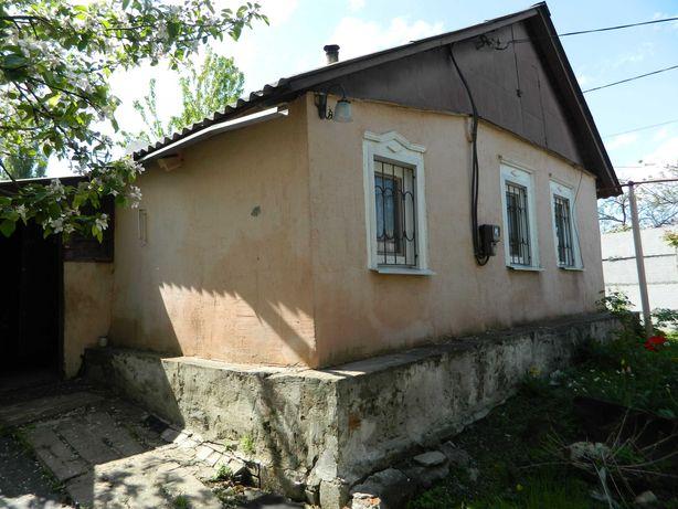Небольшой дом-флигель ниже центрального рынка