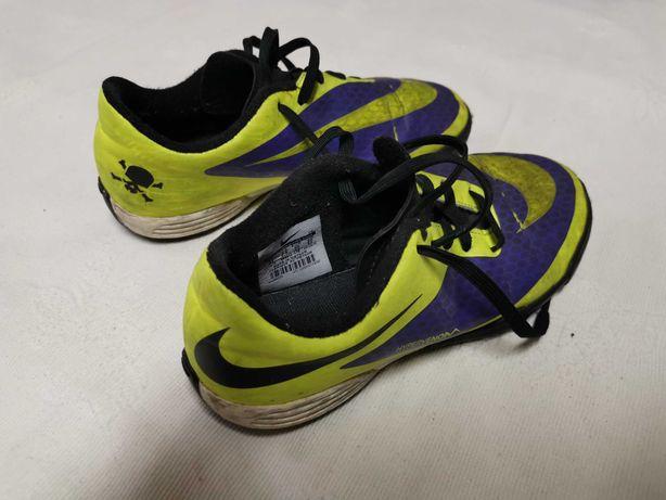 Sapatilhas Nike Mercurial Hypervenom de menino tam. 35