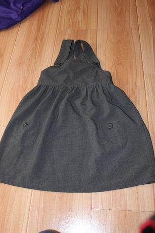 Sukienka na szelkach 122
