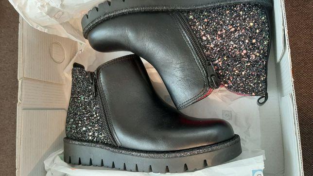 Новые ботинки Pablosky Geox  30p,19 см